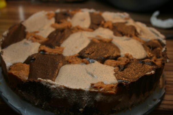 Freezer set raw vegan peanut butter cashew cheese cake