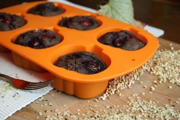 recipe, bake, muffin, applesauce, dates, hemp flour, buckwheat, coconut oil, plant-based, vegan, gluten-free, casein-free, lactose-free, dairy-free, egg-free, sugar-free