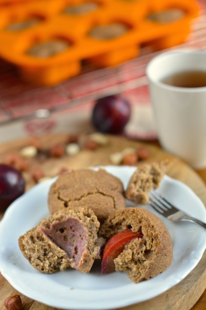 recipe, bake, muffin, applesauce, dates, hemp flour, buckwheat, coconut milk, plums, plant-based, vegan, gluten-free, casein-free, lactose-free, dairy-free, egg-free, sugar-free, oil-free, low-fat