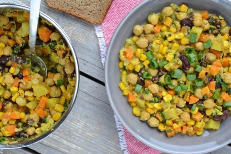 Hearty Chickpea-Red Bean Stew