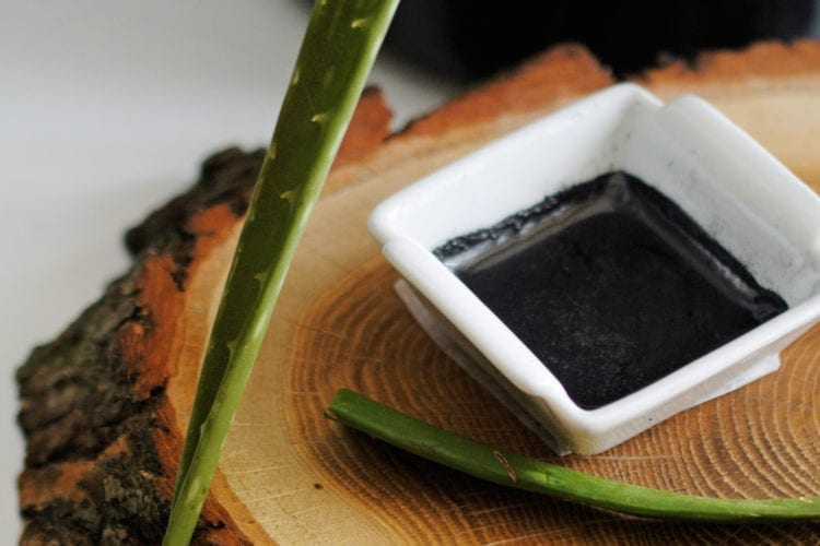 3 Benefits From Activated Charcoal Face Mask + Recipe