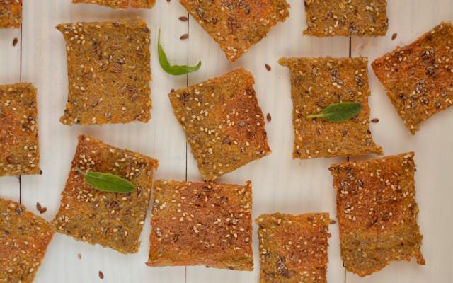 Quinoa-Buckwheat Crackers with Pumpkin