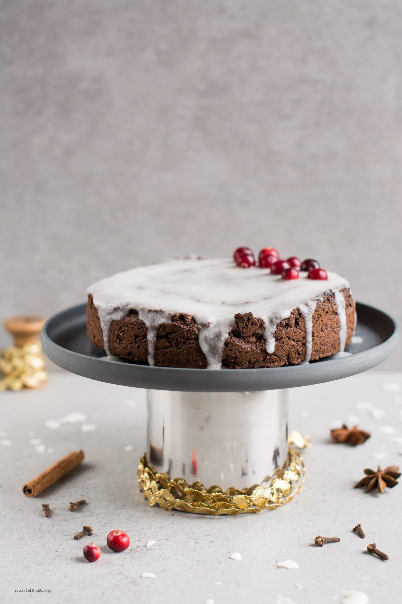 The Best Vegan Gingerbread Cake with Icing [Gluten-Free], Video
