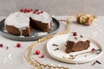 Gluten Free Vegan Gingerbread Cake With Royal Icing