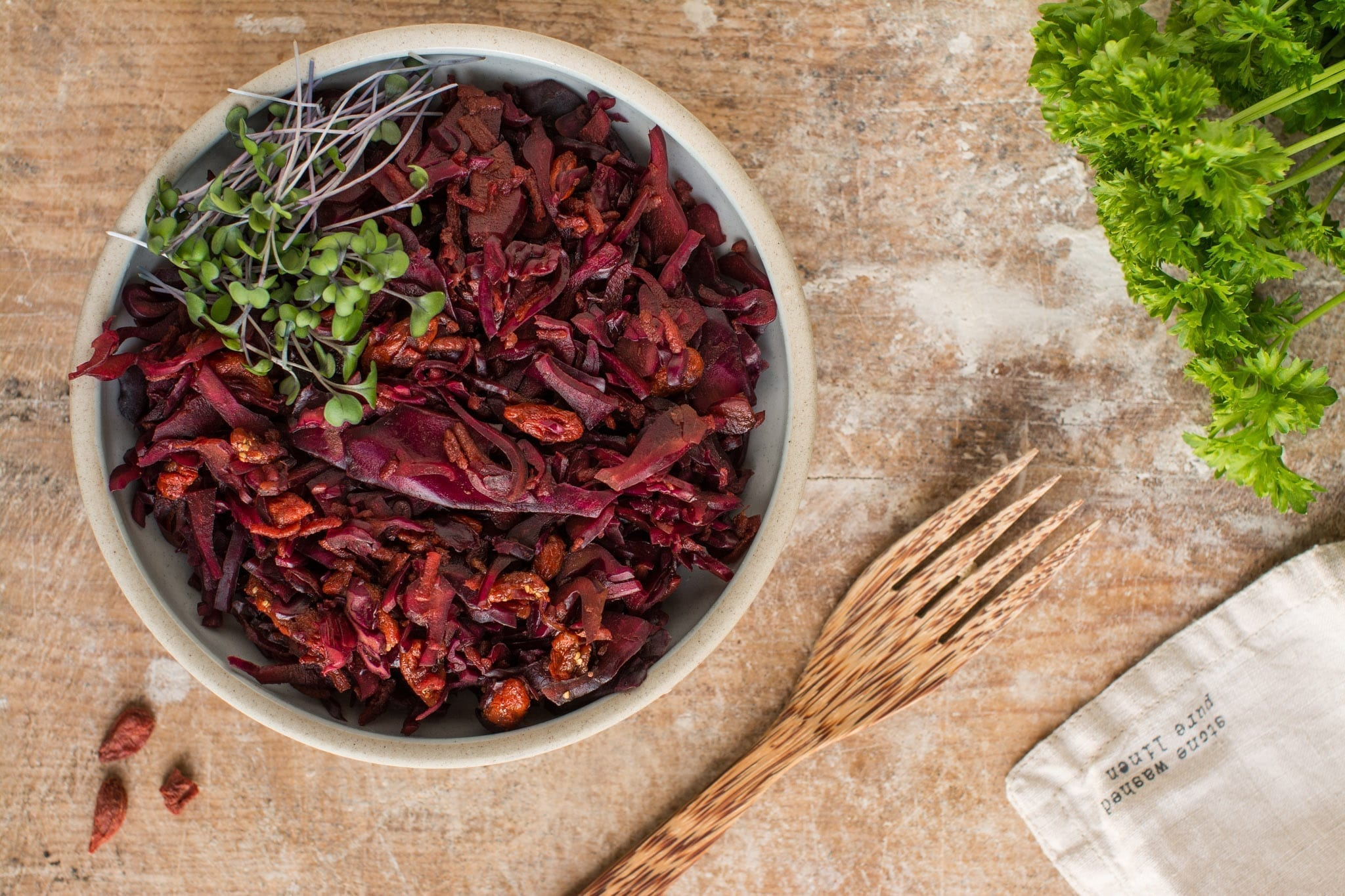 How to Make Oil-Free Vegan Red Cabbage Coleslaw [Video]   Nutriplanet